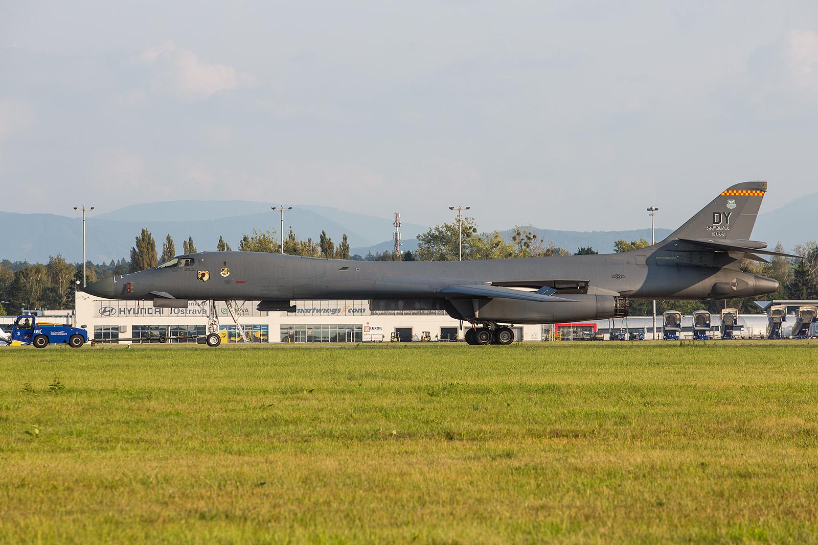 85-0089, der Cammander der 489th Bomber Group aus Dyess.