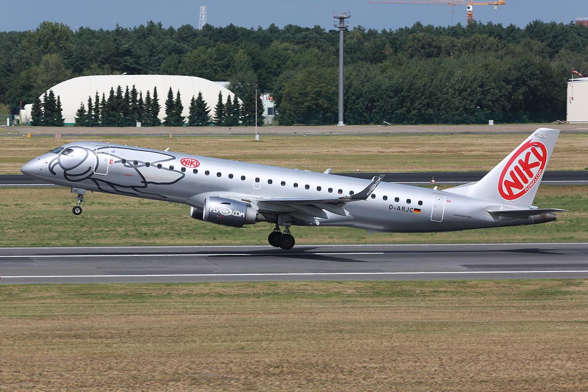Die Embraer der Niki sind nun mit deutschem Kenner zur LGW gekommen.