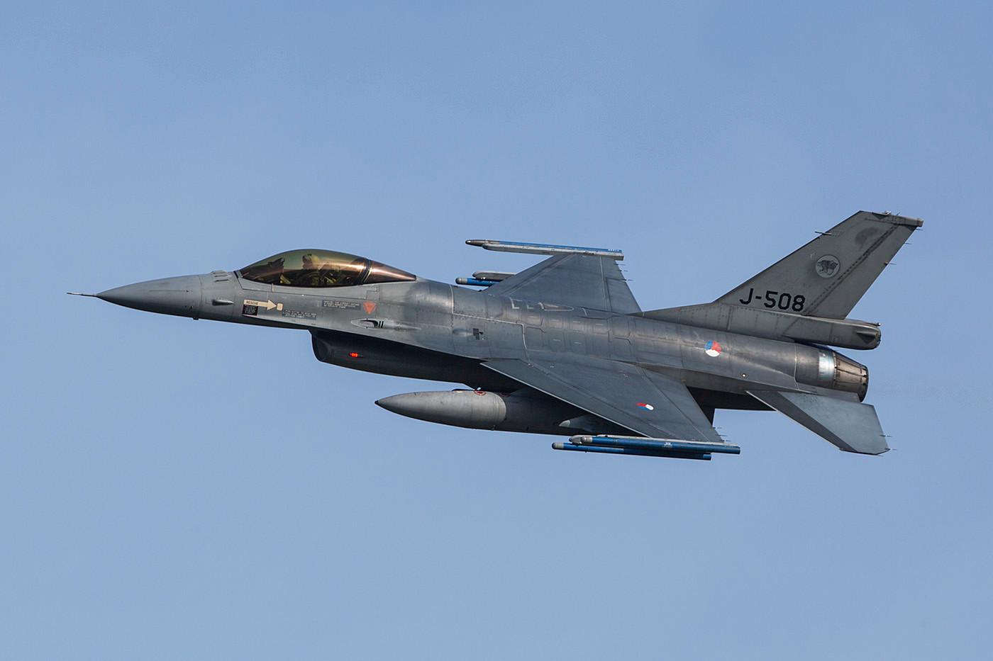 Die F-16 der niederländer stammen zum Großteil aus der Produktion bei Fokker.