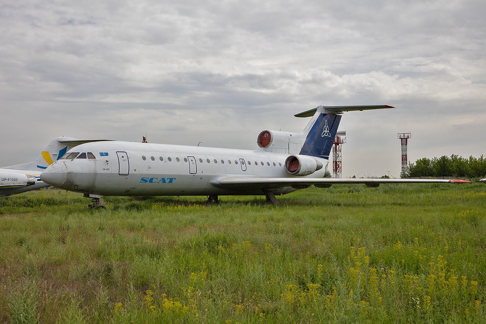 Eine Yak 42, die bis vor einigen Jahren für Scat Air flog.