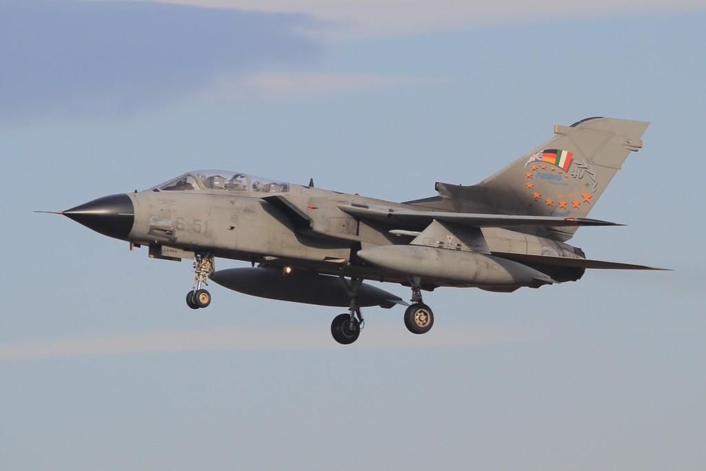 Dieser italienisch IDS erinnert an die gemeinsamen Wurzeln aller Tornados als europäisches Projekt.