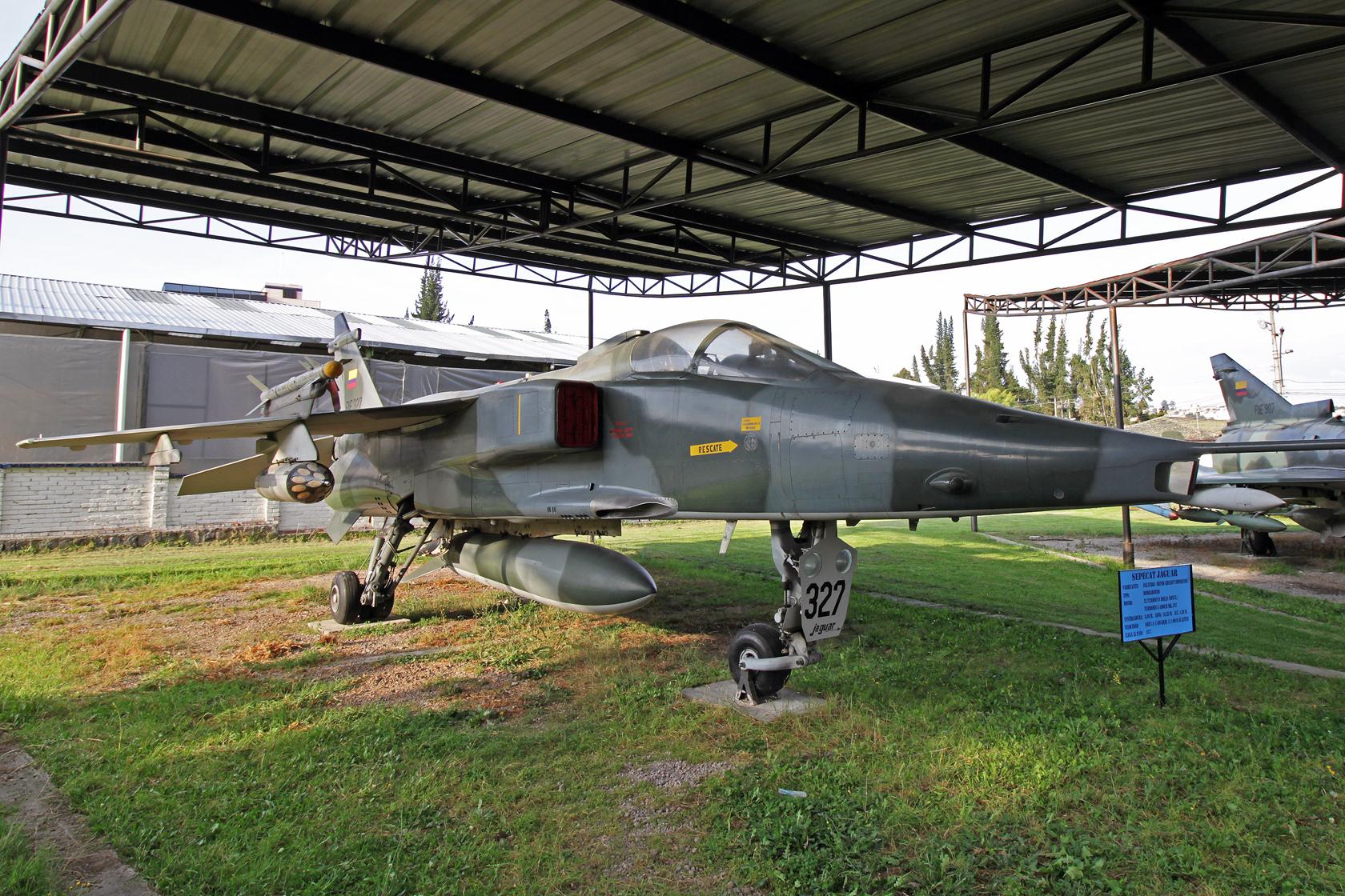Fuerza Aérea Ecuatoriana Sepecat Jaguar ES FAE-327