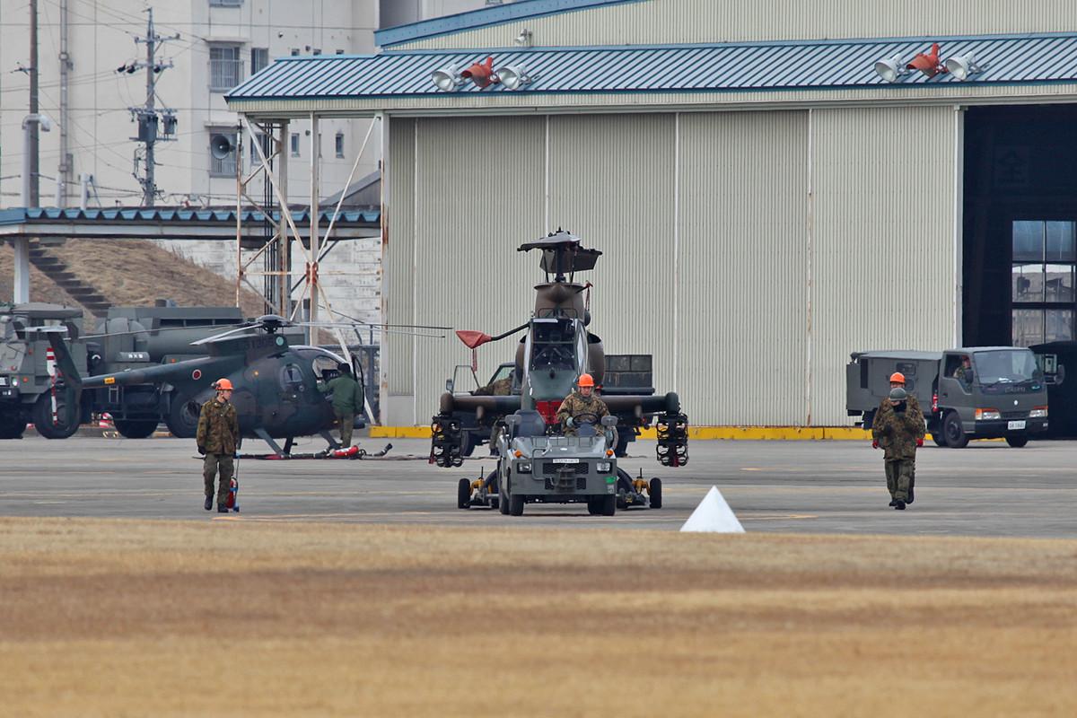 Beginn des Arbeitstages, im Hintergrund eine OH-6, die leider nur einen Bodenlauf machte.