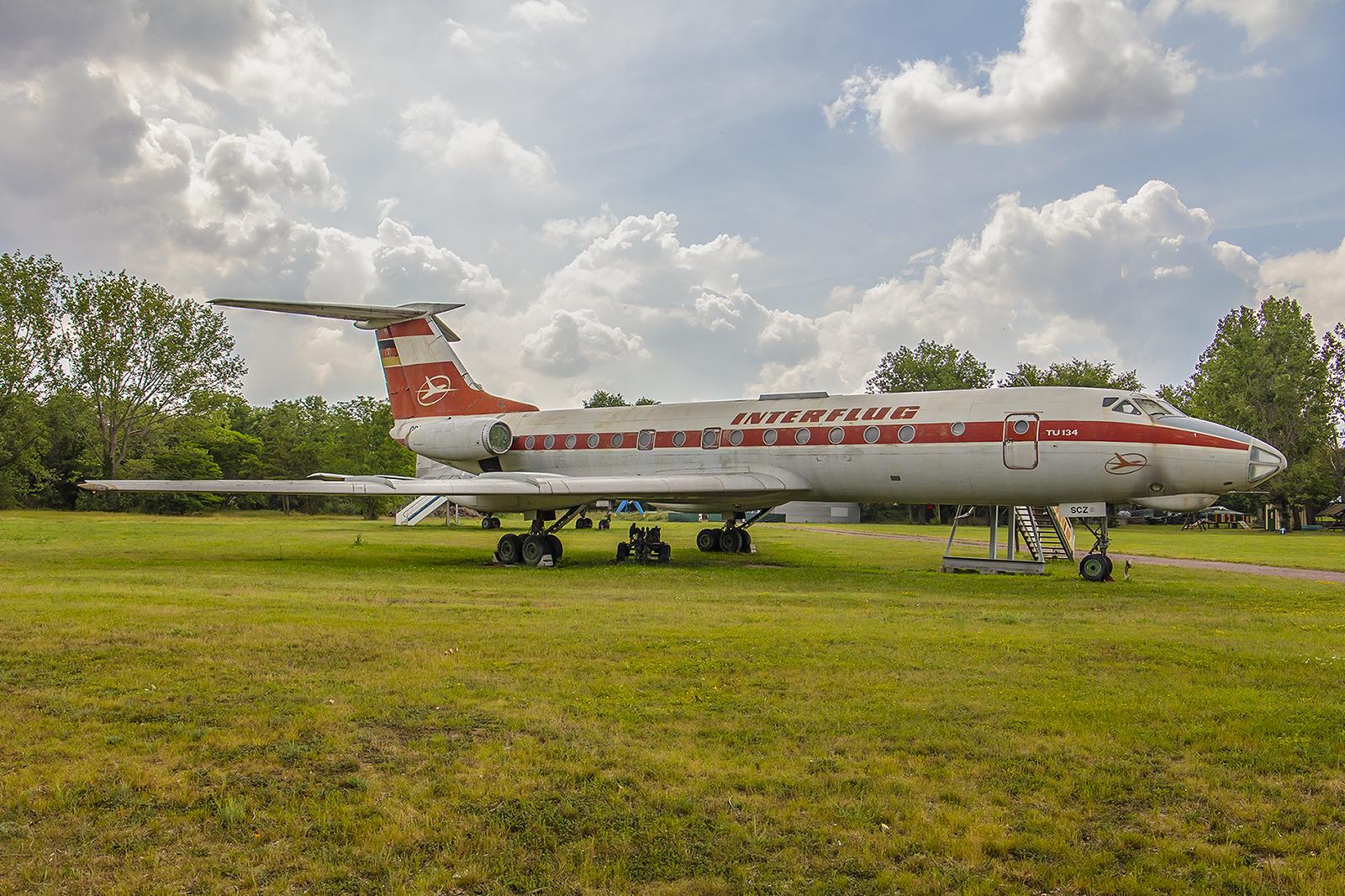Merseburg - Tu-134A in den Farben der Interflug