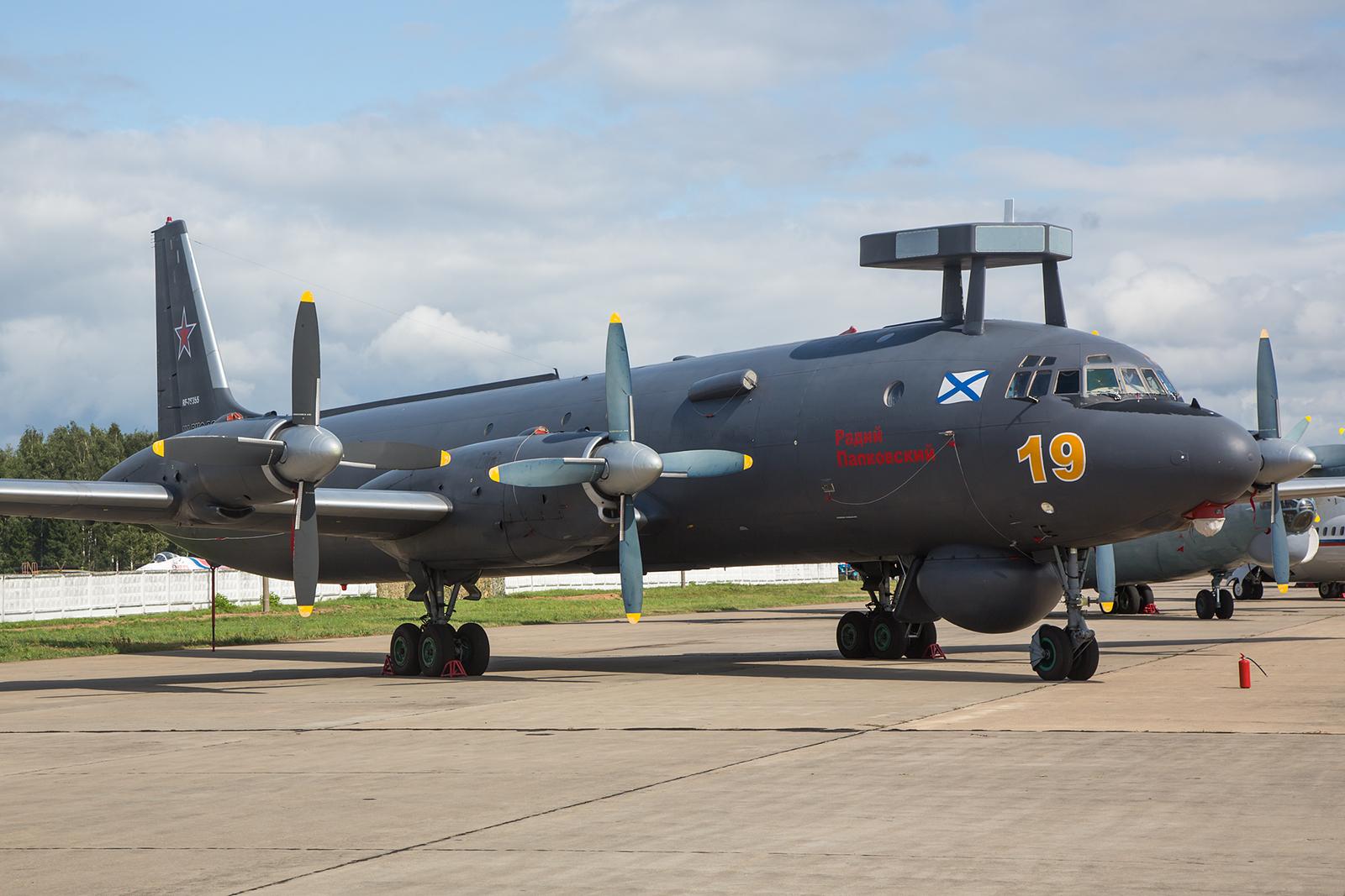 Das Highlight der Show die Ilyushin IL-38 der Marine.