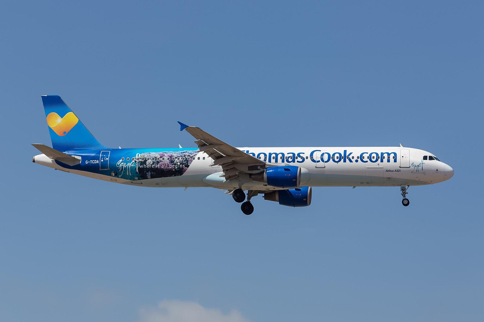 """G-TCDA, ein Airbus 321-211 mit einer """"Egypt""""-Sonderbemalung für Thomas Cook. (ex-My Travel, ex-Turkish Airlines)"""