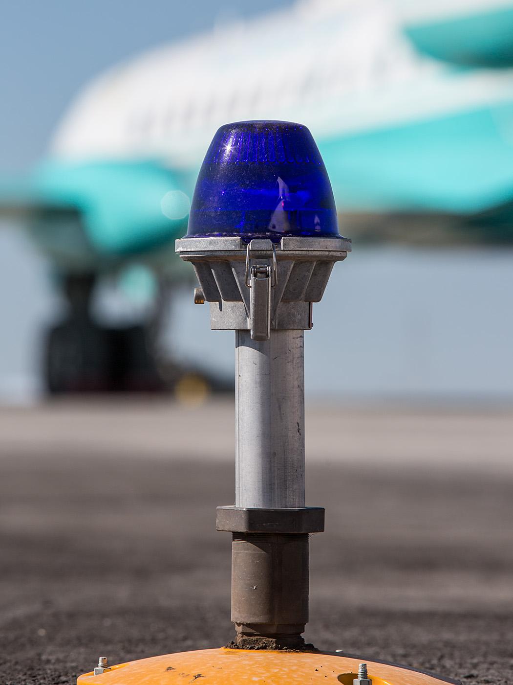 Die Tupolev Tu-134 der Regierungsfliegerstaffel macht sich auf den Weg.