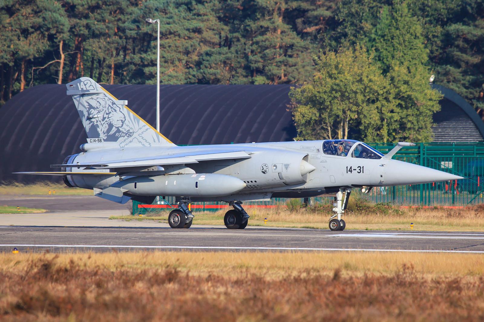 Die C.14-56 war eine Mirage F-1, welche ursprünglich zur Version F-1EE gehörte. Die Maschine hier in Kleine Brogel beim NTM 09.