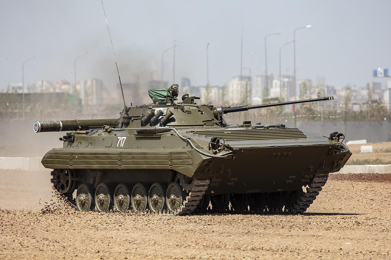 Ein BMP-1 der Landstreitkräfte
