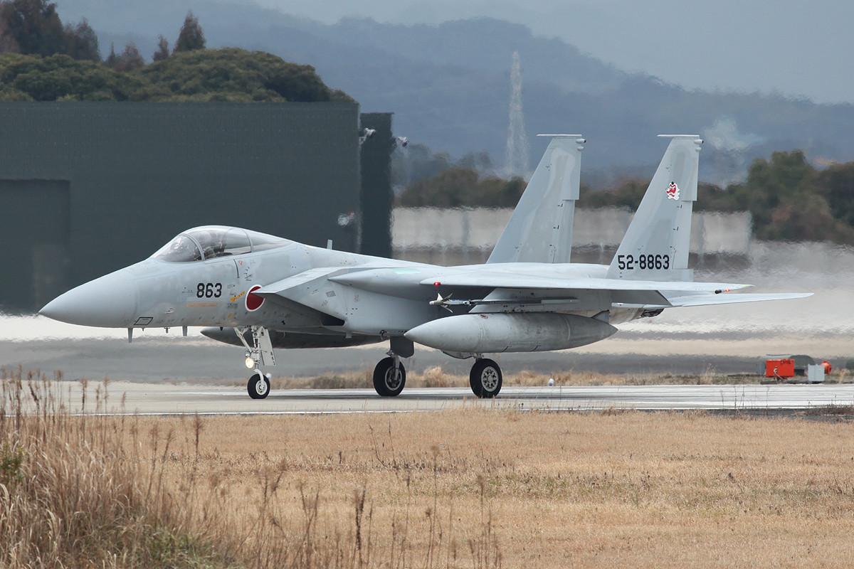 Eine F-15J startet zur vierten und letzten Runde des Tages.