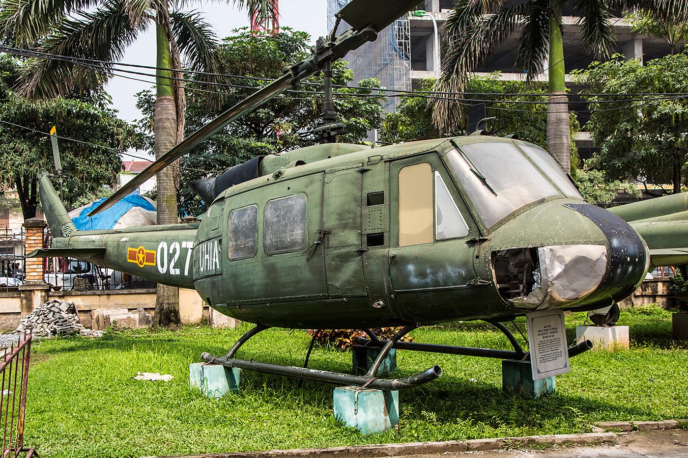 Diese Bell UH-1D war sicher auch schon mal in besserem Zustand.