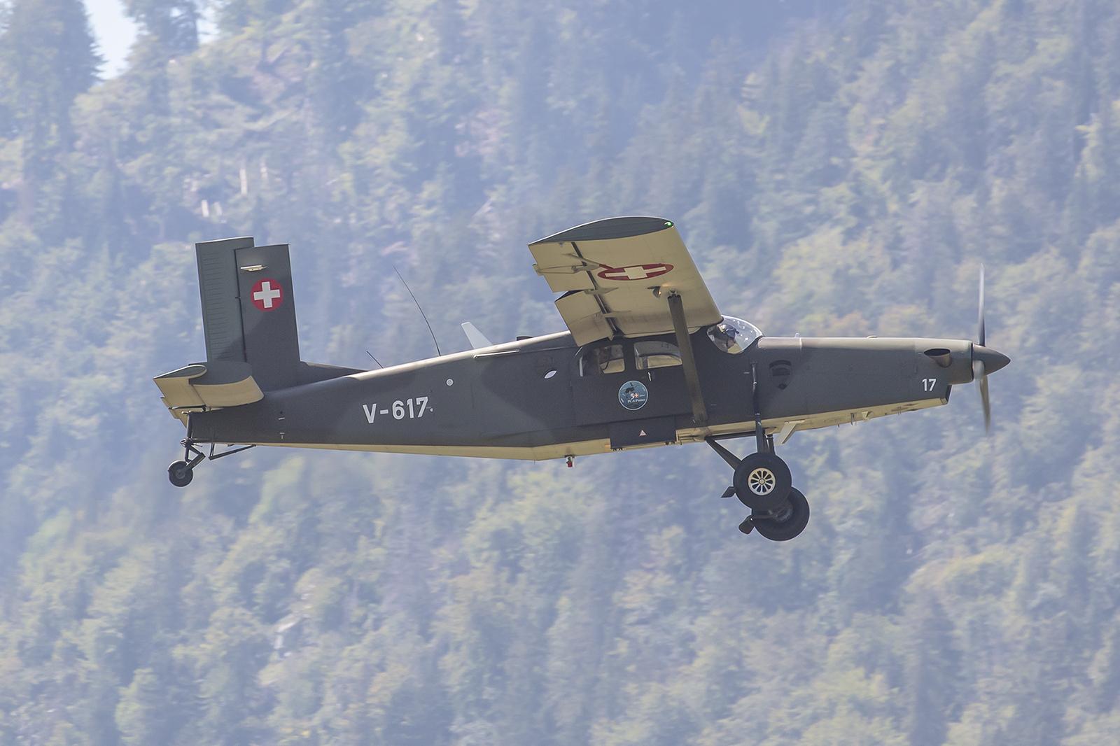 Pilatus PC-6 der Lufttransportstaffel 7 aus Emmen.