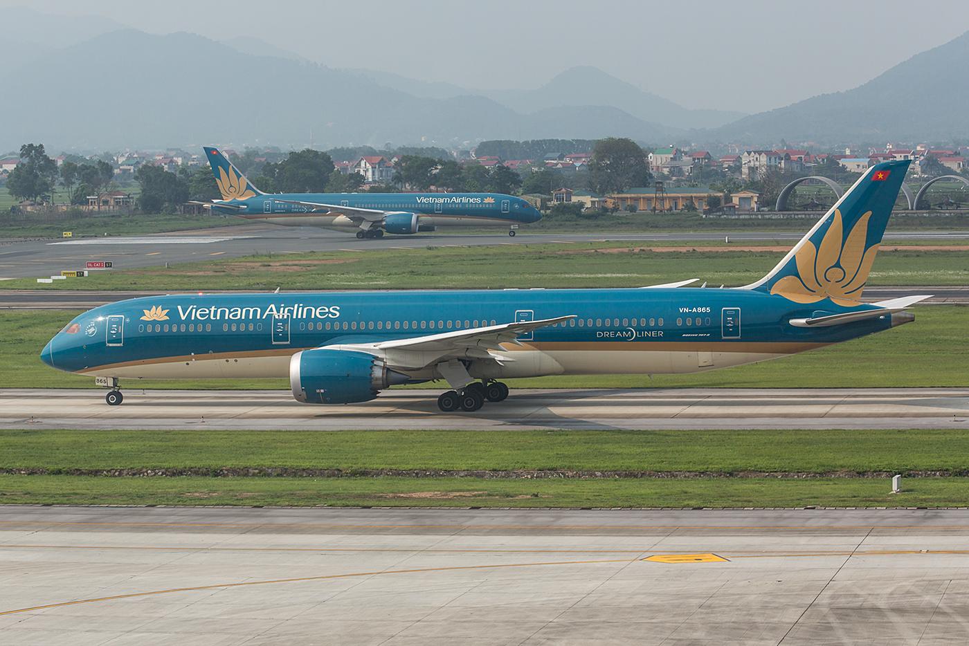 Dreamliner x2.