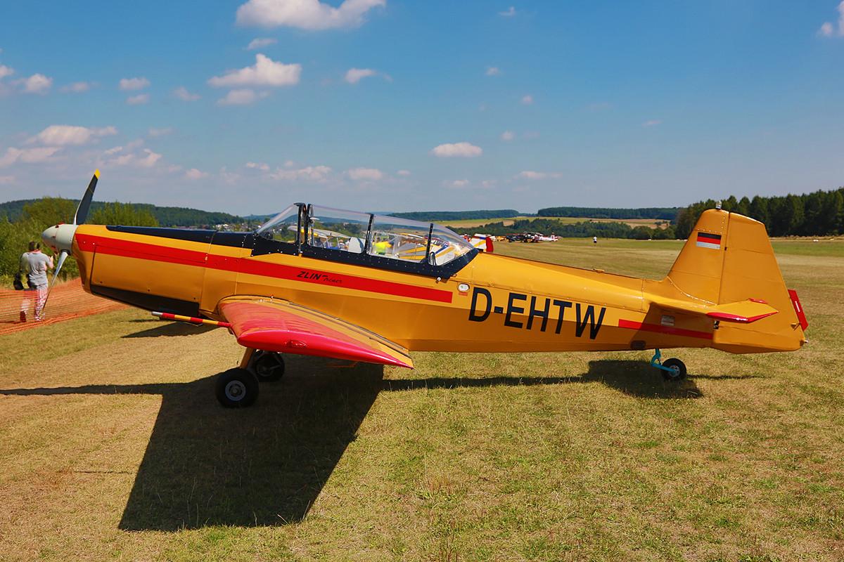 Die Zlin 526 war ein Kunstflugzeug aus der CSSR.