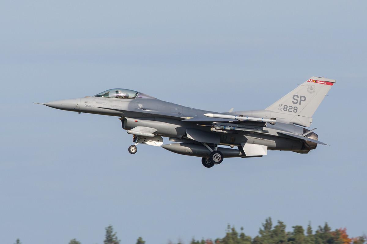 22.10.2013; 90-0828, F-16C 52nd FW Spangdahlem