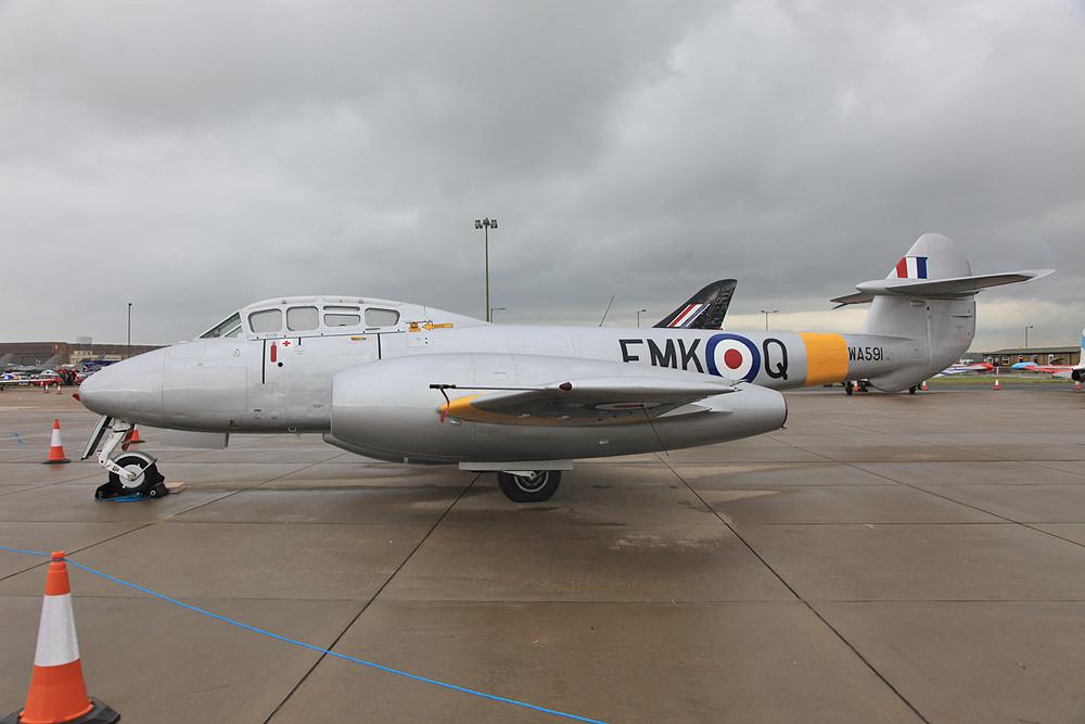 Das erste Strahlkampfflugzeug der Welt, die Gloster Meteor.