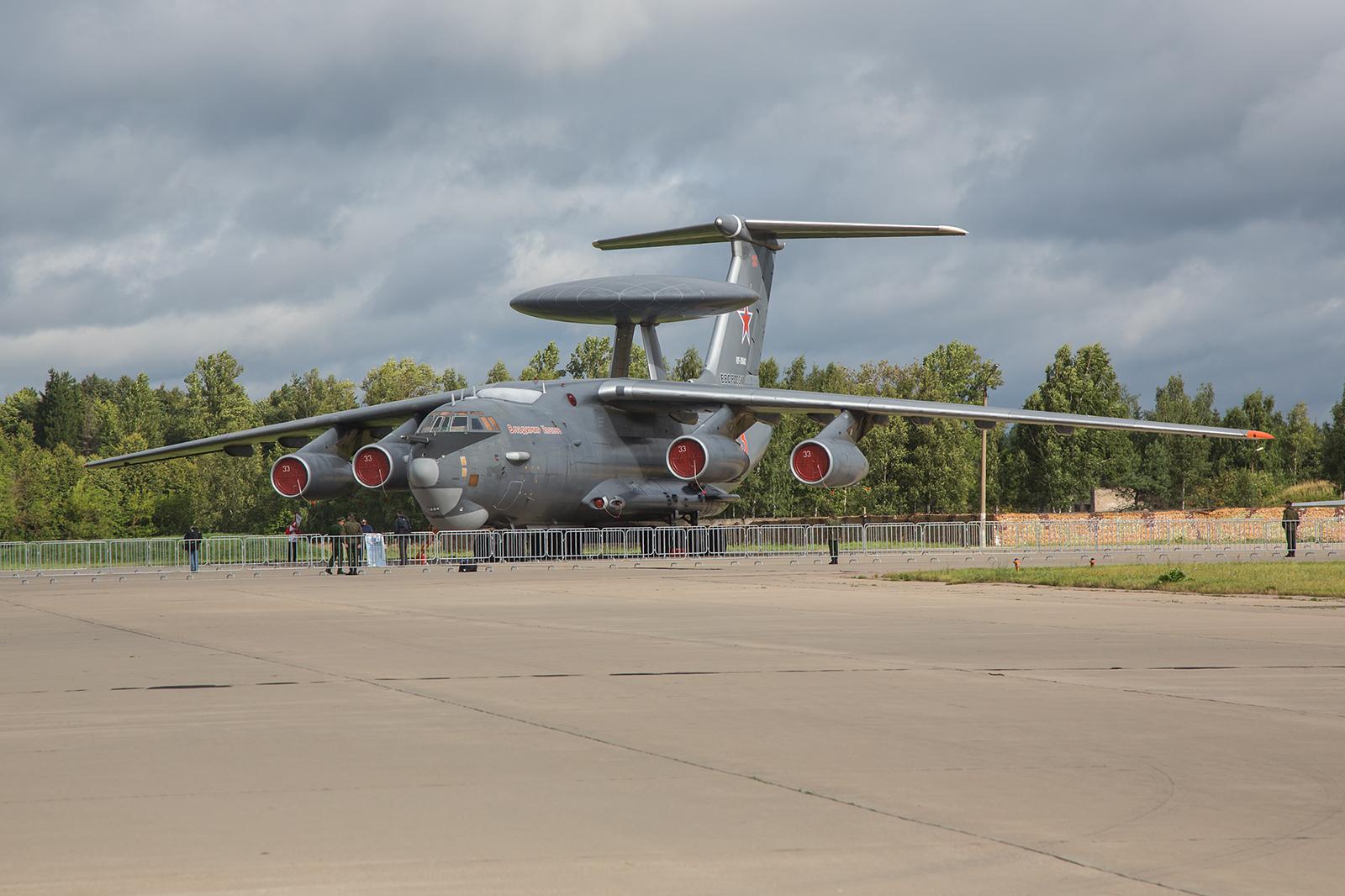 Die Berijew A-50 basiert auf dem Transportflugzeug Ilyushin Il-76.
