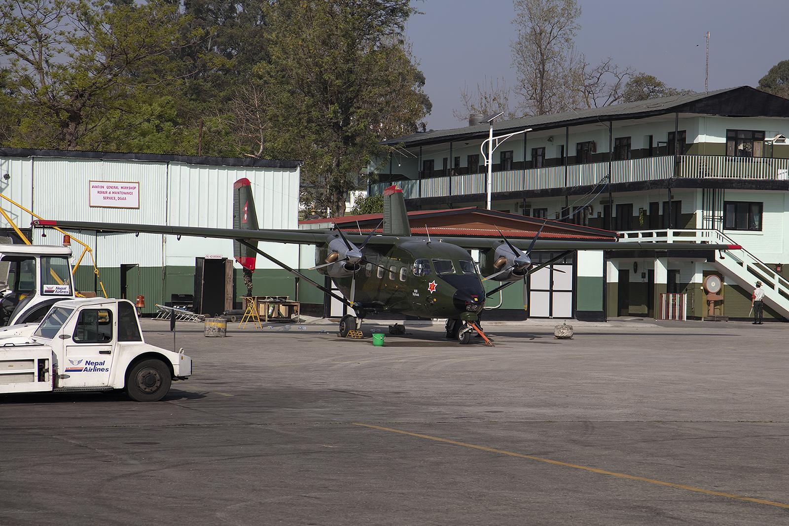Die erste PZL M-28 der Nepalesischen Streitkräfte.