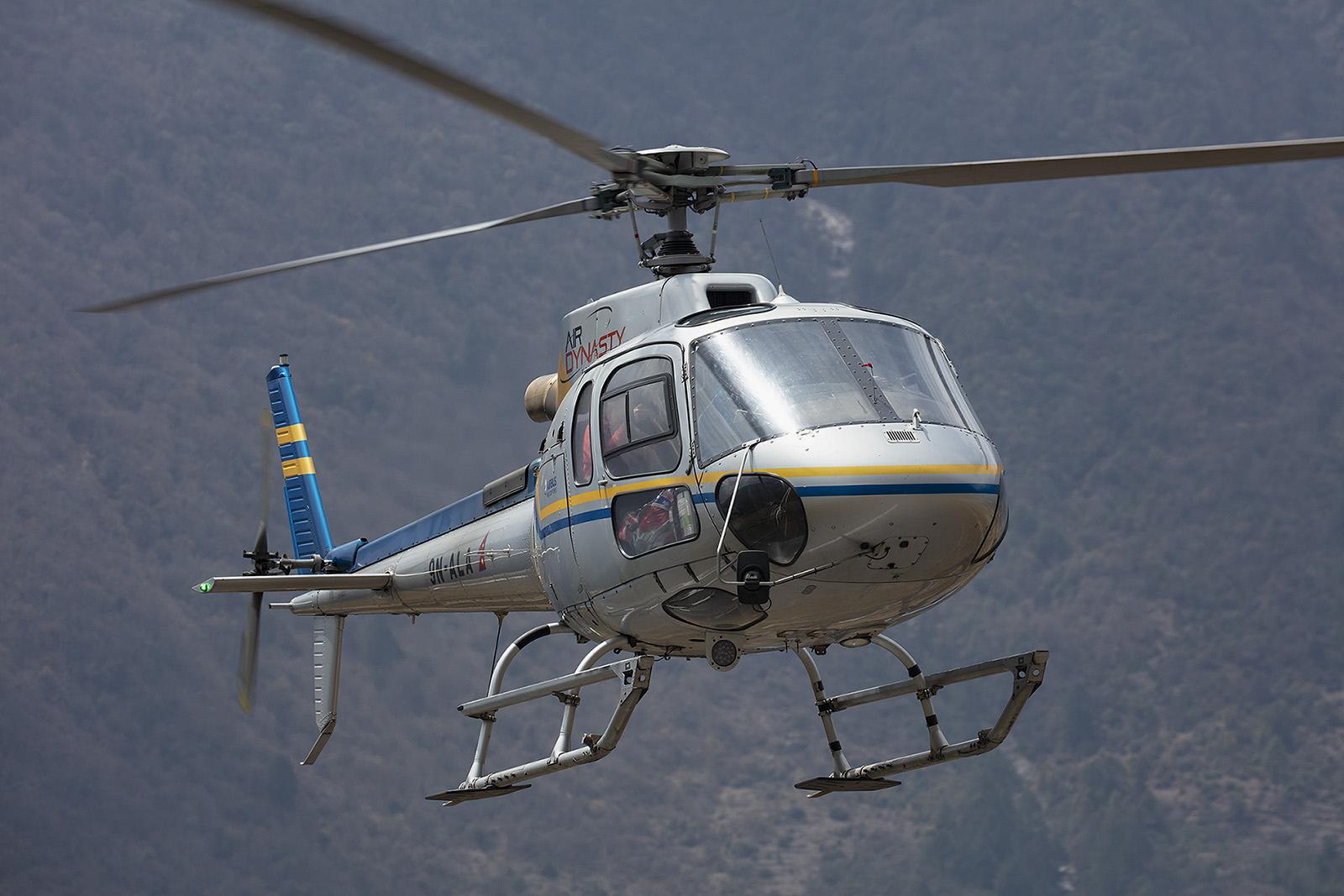 Viele Piloten sind Ausländer und kommen nur währen d der Hochsaison nach Nepal.