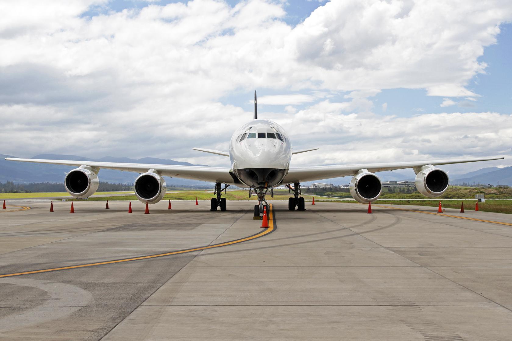 Samaritan's Purse McDonnell Douglas DC-8-72(CF) N782SP - Das Top-Highlight des Tages! In makellosem Zustand präsentierte sich diese klassische Schönheit vor unseren Kameras. Als Line Number 427 wurde sie am 27. Januar 1969 als OH-LFT an die Finnair abgeli