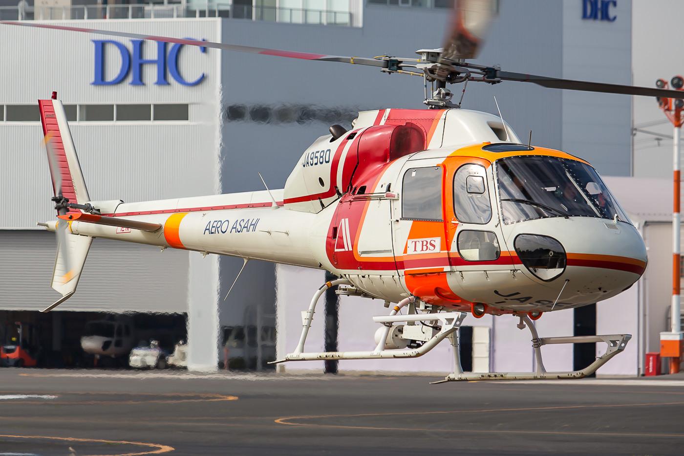 und hier die JA9580, eine AS-355 F2.