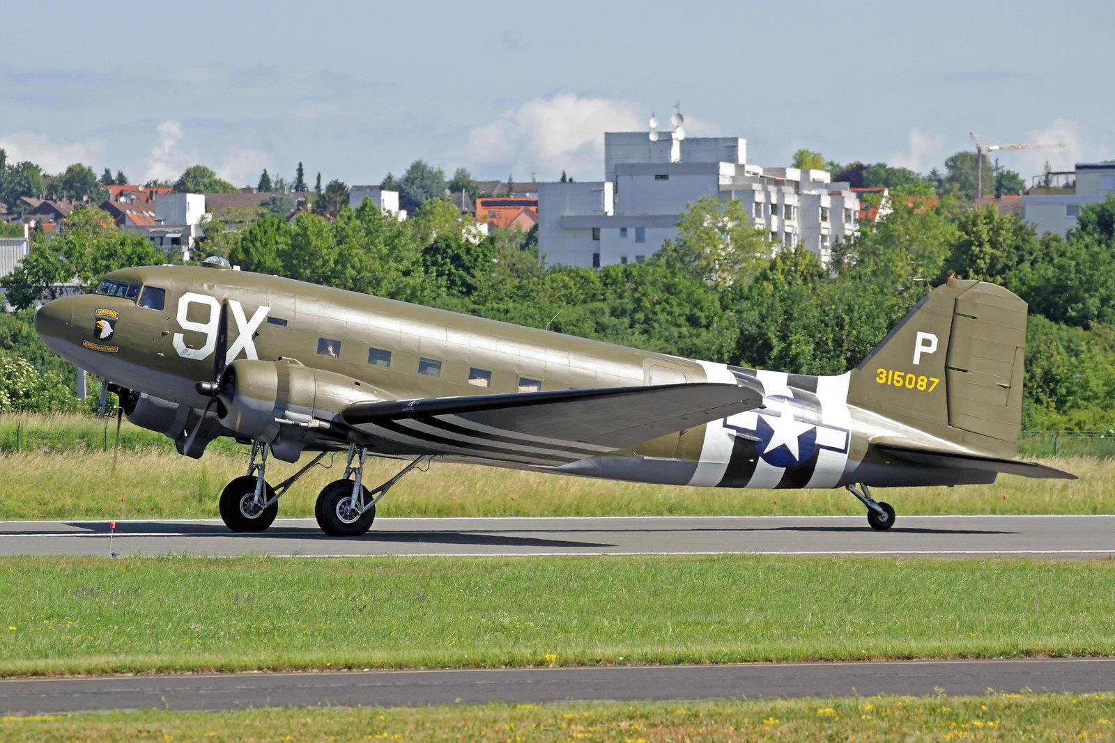 N150D - Diese 78 Jahre alte Dame wurde als eine C-47-DL (c/n 04463) von Douglas in Long Beach gebaut und rollte am 18. November 1941 vom Band. Am 23. Juni 1942 wurde sie der United States Army Air Force mit der Kennung 41-18401 übergeben.