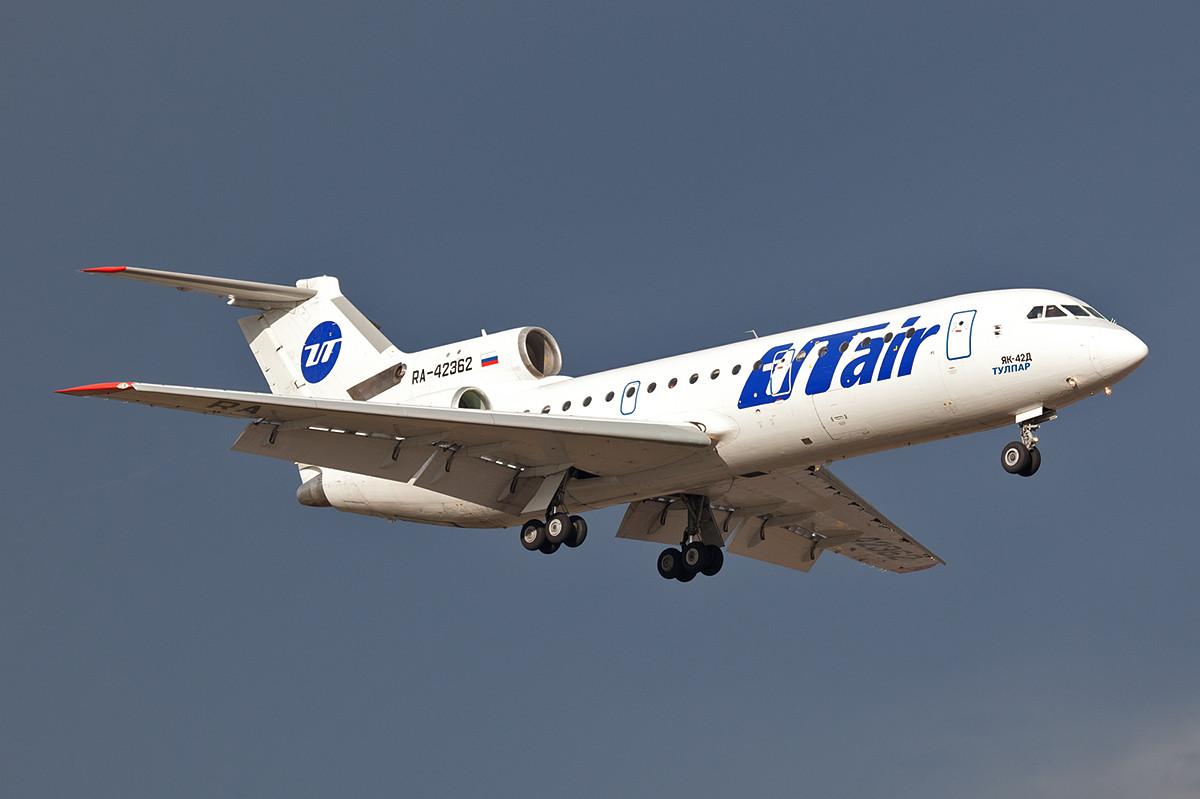 Tulpar Air betrieb im Sommer 2012 noch sechs YAK -42 auf Inlandsrouten der UTAir.