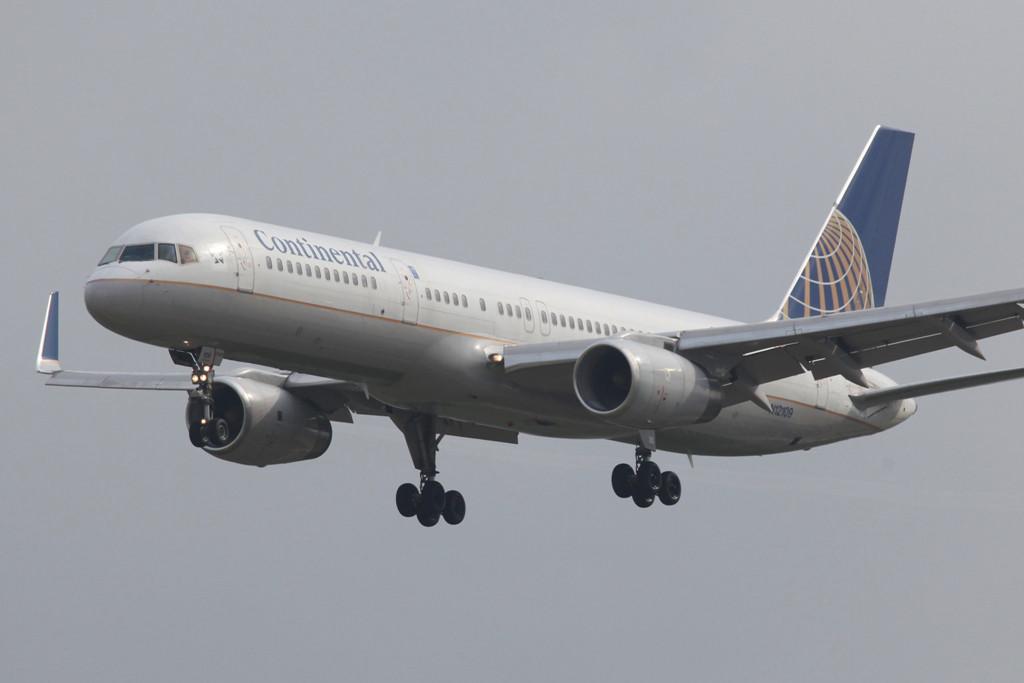 Continental nutzt auf der Strecke nach BCN lediglich die Boeing 757-200.
