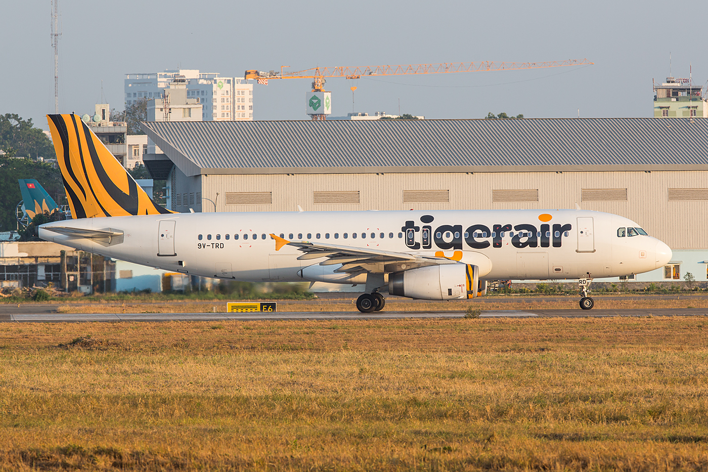 A320 der Tigerair, ebenfalls aus Singapur.