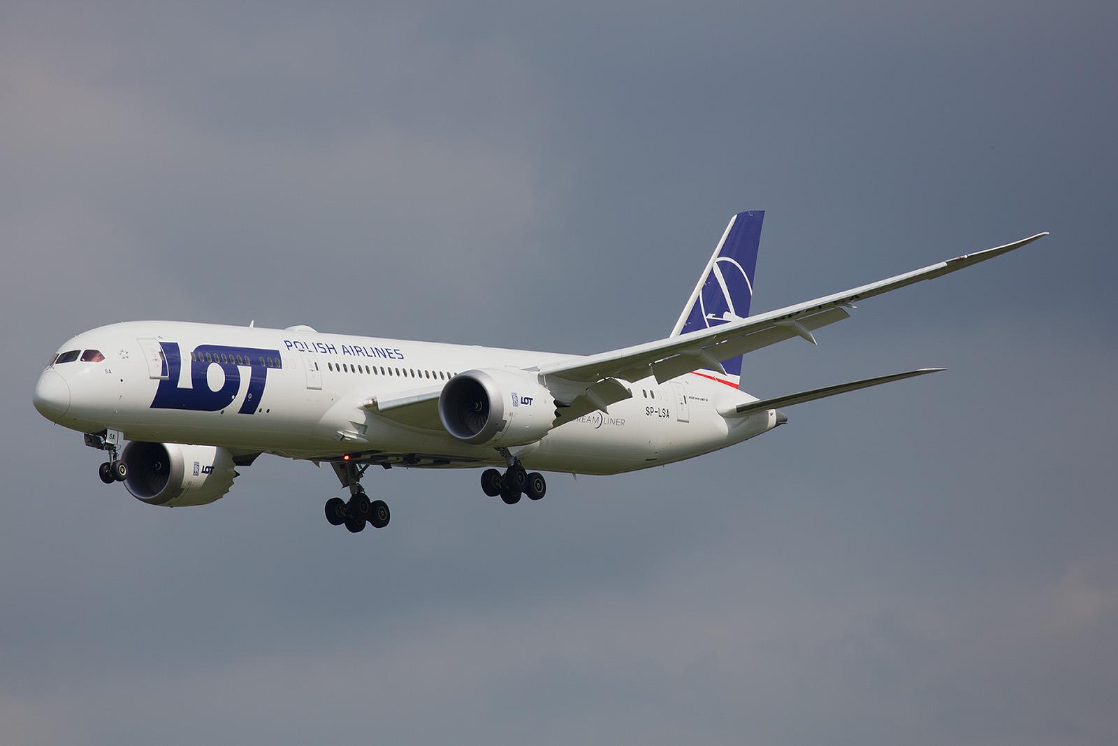 Inzwischen hat LOT zwei Boeing 787-9 eingeflottet.