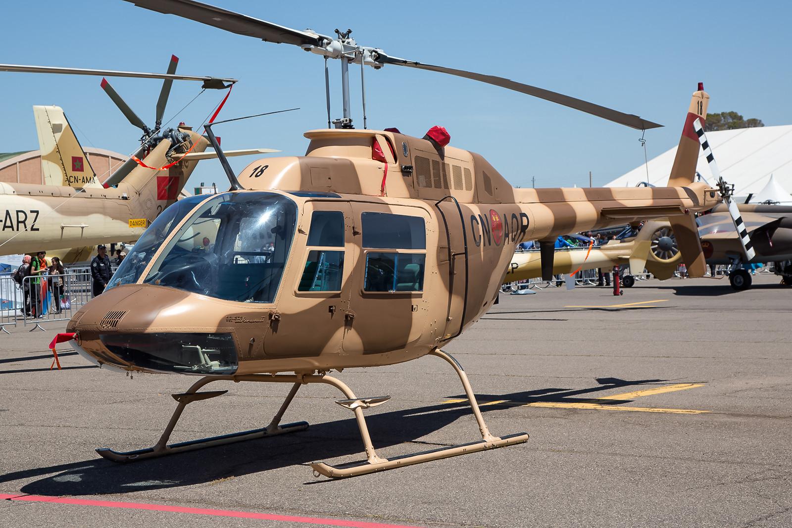 Als Verbindungshubschrauber kommt in Marokko des Bell 206 Jet Ranger zum Einsatz.
