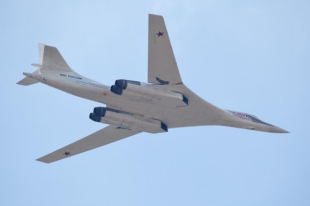 Die TU-160 nochmals beim Überflug.