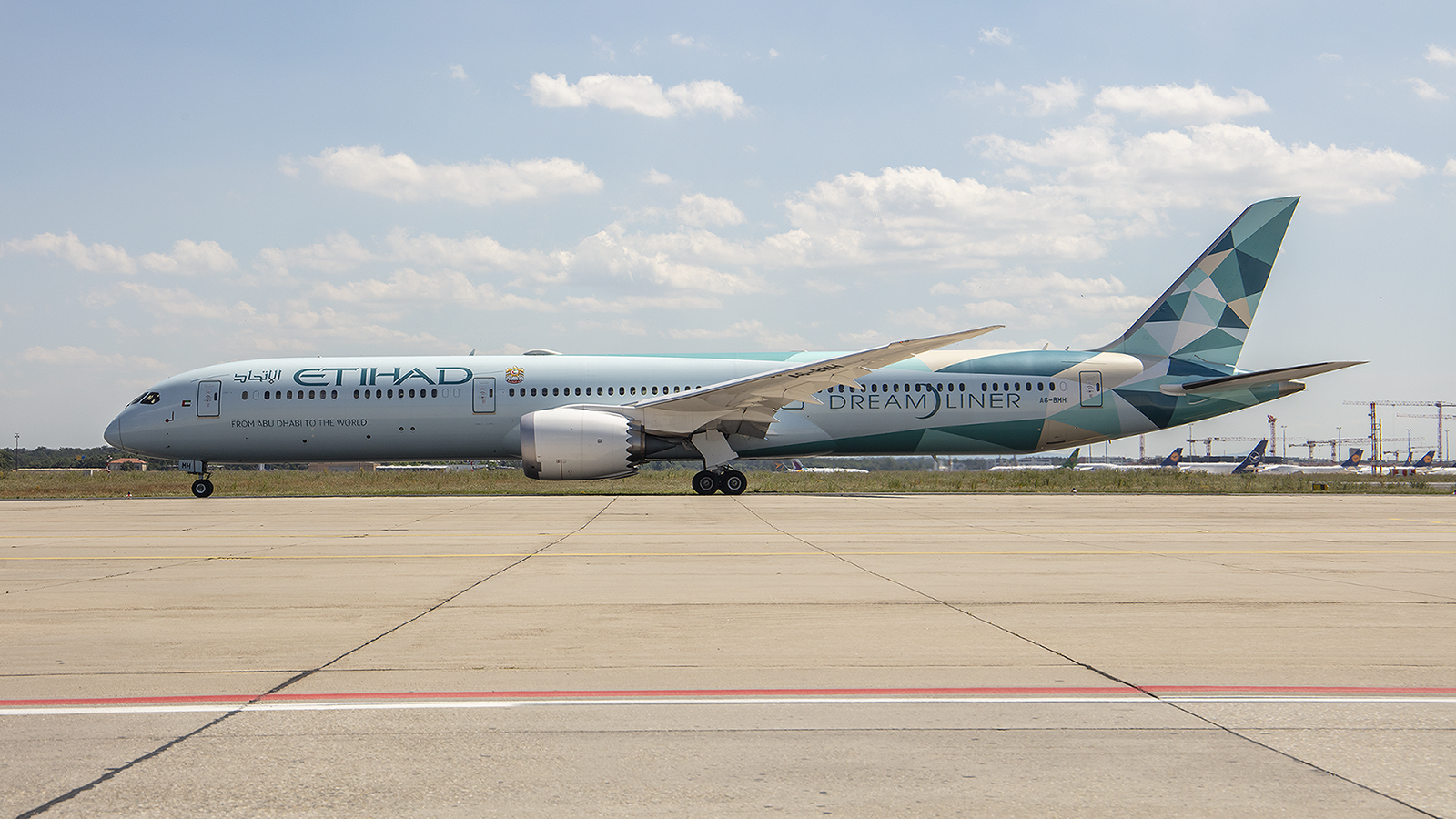 Etihad gehörte zu den wenigen Airlines, die trotz Krise immer kamen, hier der Greenliner.