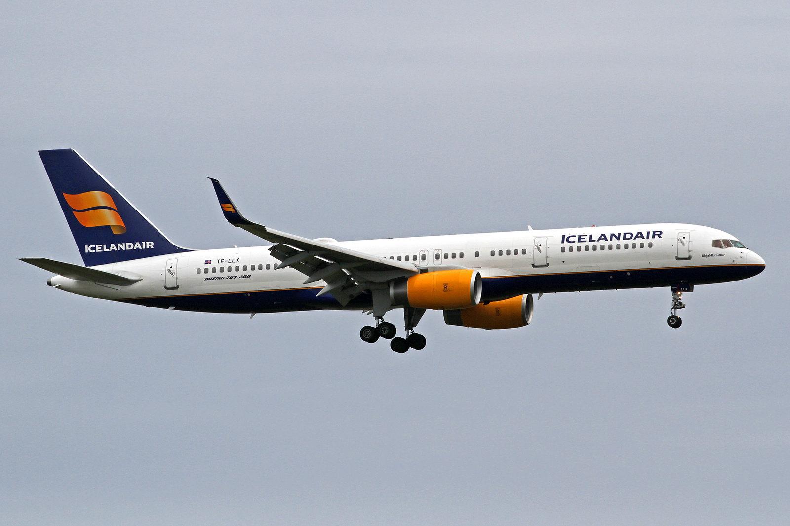"""Icelandair Boeing 757-256 TF-LLX """"Skjaldbreiður"""" KEF, 12. August 2020"""