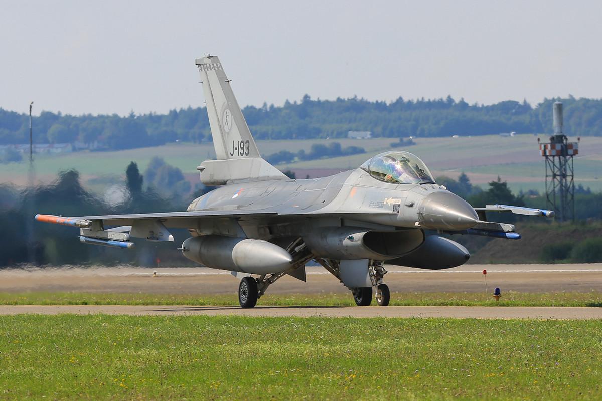 Aus den Niederlanden kamen ebenfalls zwei F-16. Hier macht sich die J-193 auf den Heimweg.