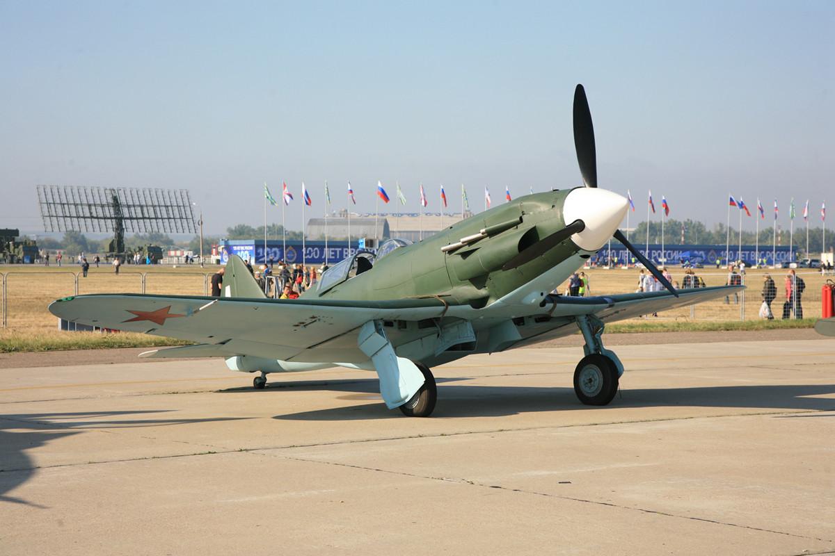 YAK-9 aus dem Zweiten Weltkrieg.