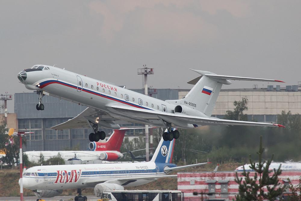 TU-134A der Rossia beim Start,....einfach nur schön.