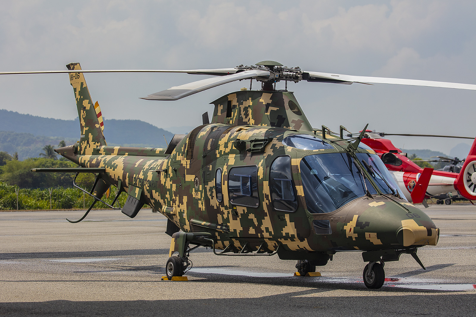 Die Army besitzt mehrere dieser Agusta A109.