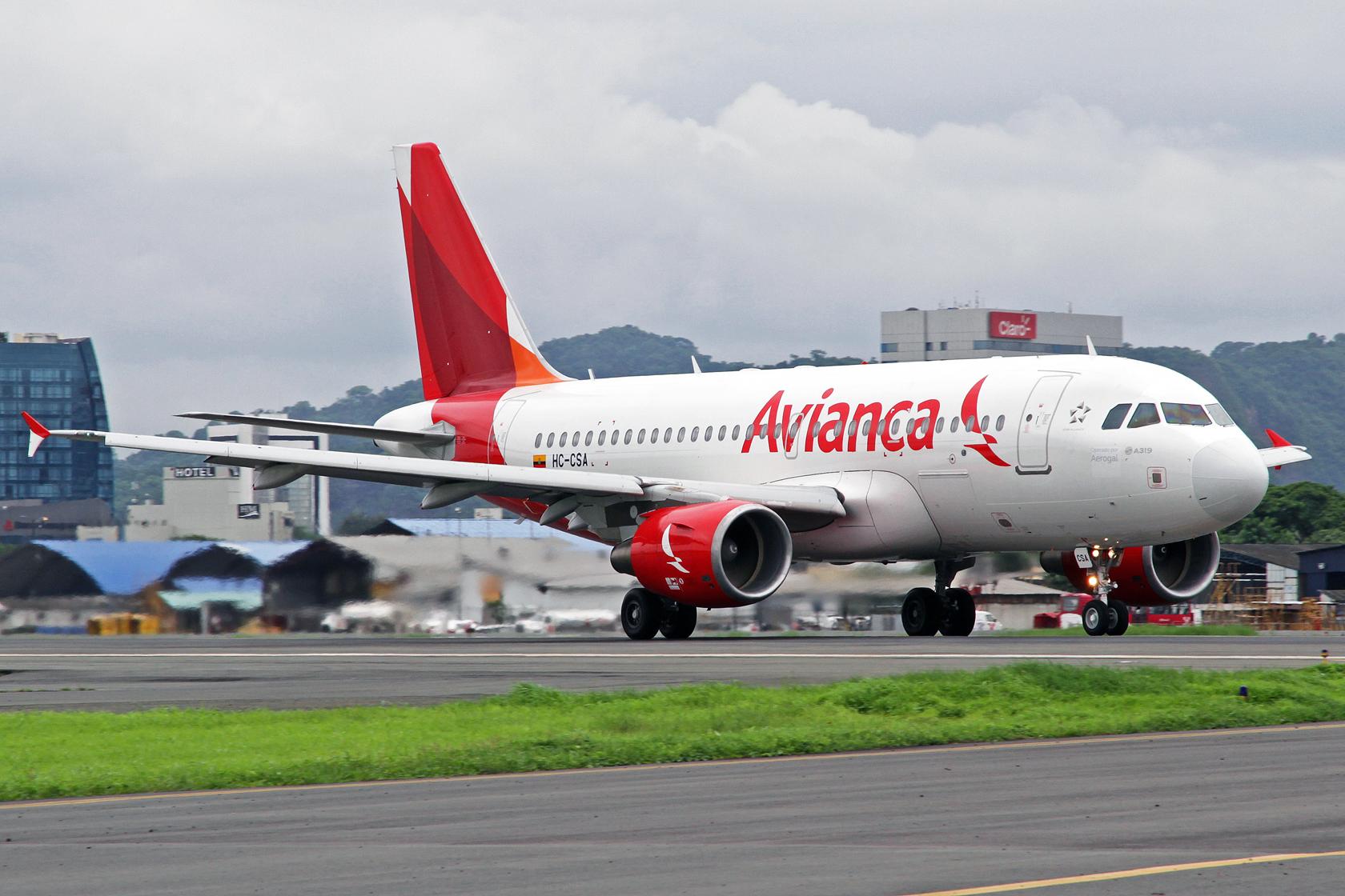 Avianca Ecuador Airbus A319-115 HC-CSA
