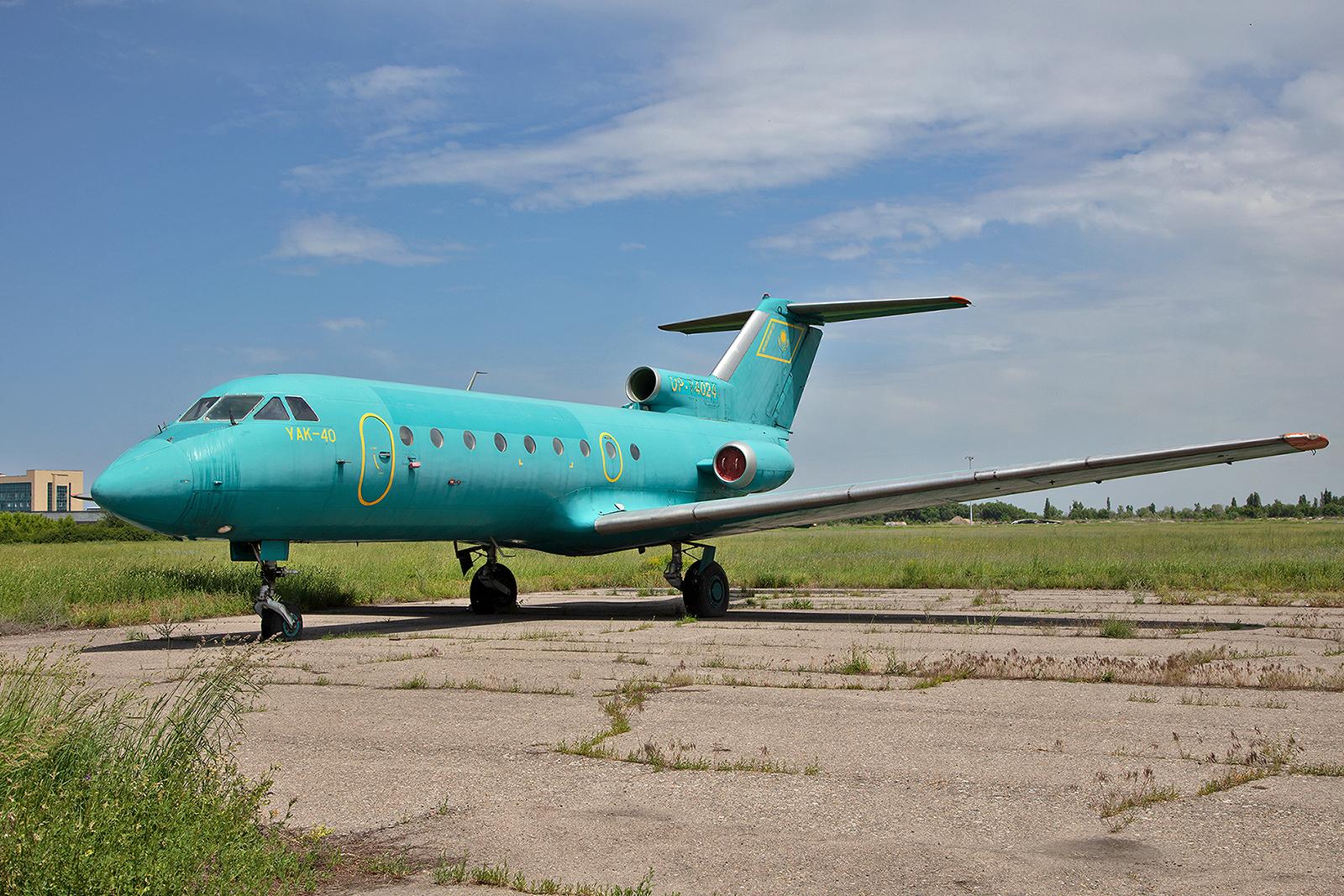 Diese Yak-40 der Berkut Avia hat sicher auch schon bessere Zeiten gesehen.