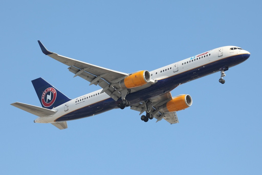 Kabo Air aus Nigeria mietete diese Boeing 757-200 bei Iceland Air.