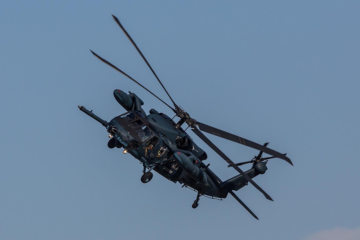 UH-60J der örtlichen SAR-Unit.