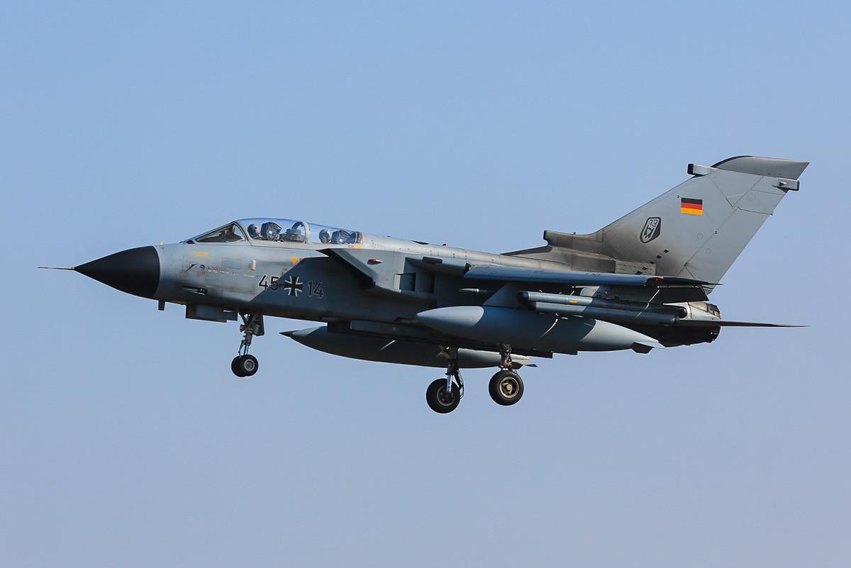 Tornado des nunmehr Taktischen Luftwaffengeschwaders 33 aus Büchel.