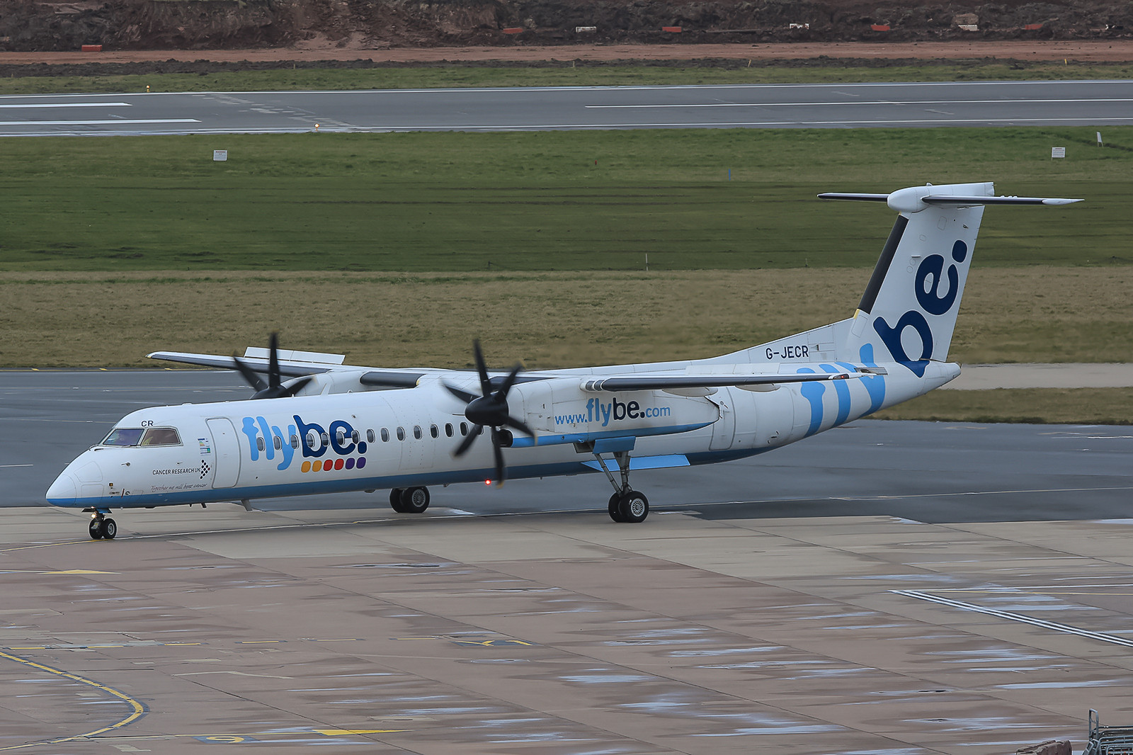Dash 8-Q400 der Flybe