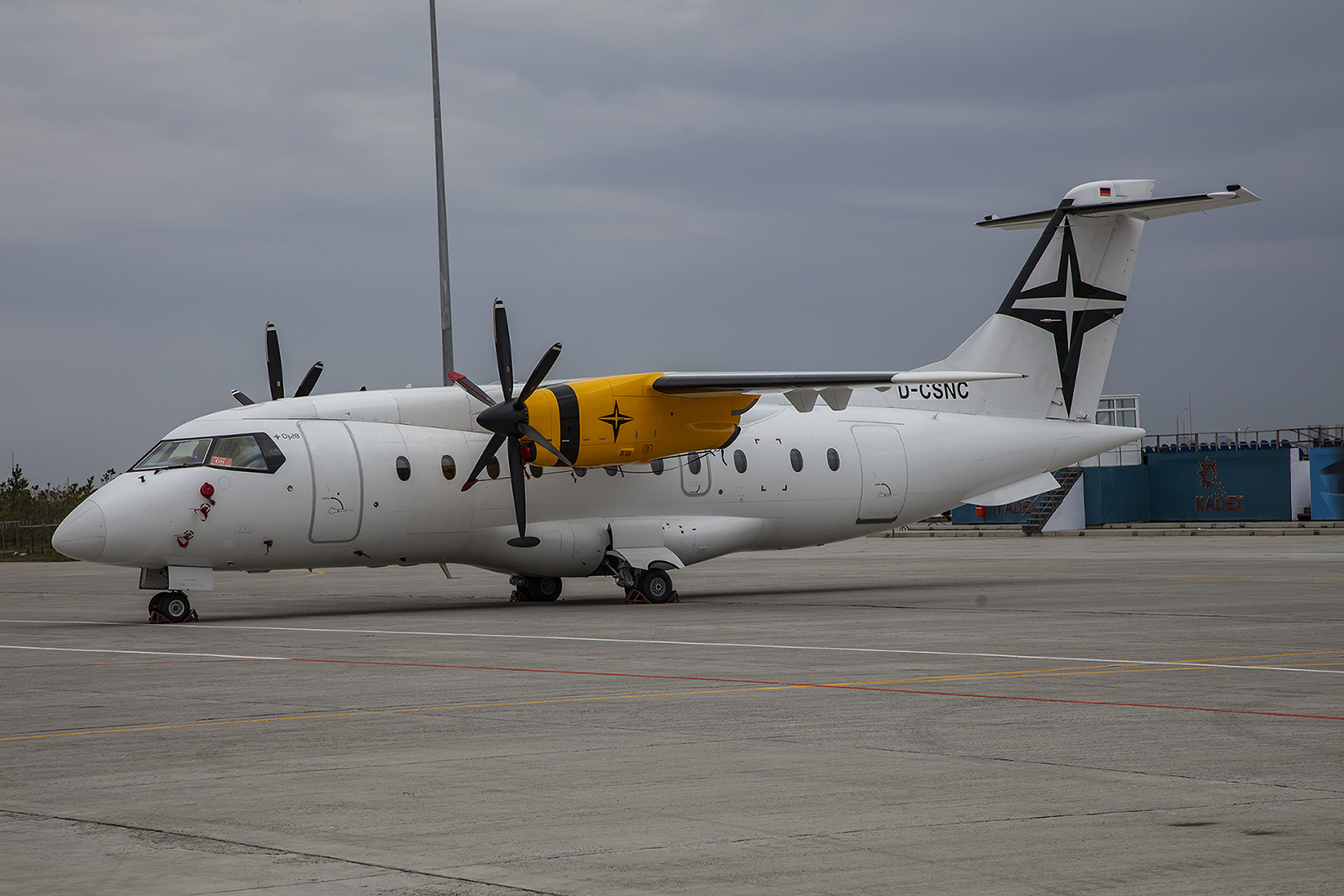 Dornier Do-328 von Support Service