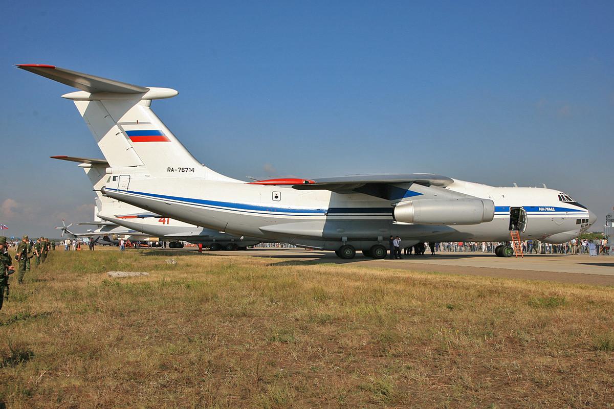 Mit fast 1000 gebauten Exemplaren steht die IL-76 auf Platz 11 der meistgebauten Flugzeugtypen.