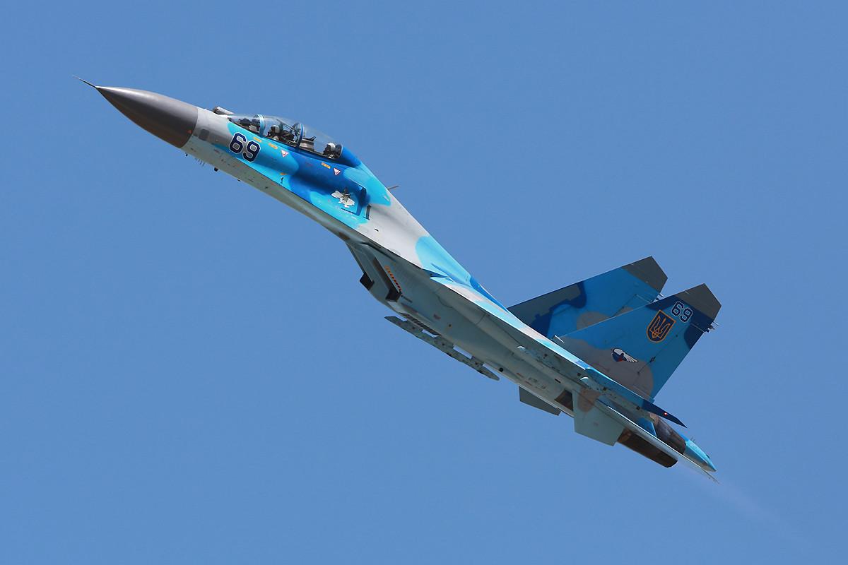Die ukrainische Su-27 verläst Kecskemet.....