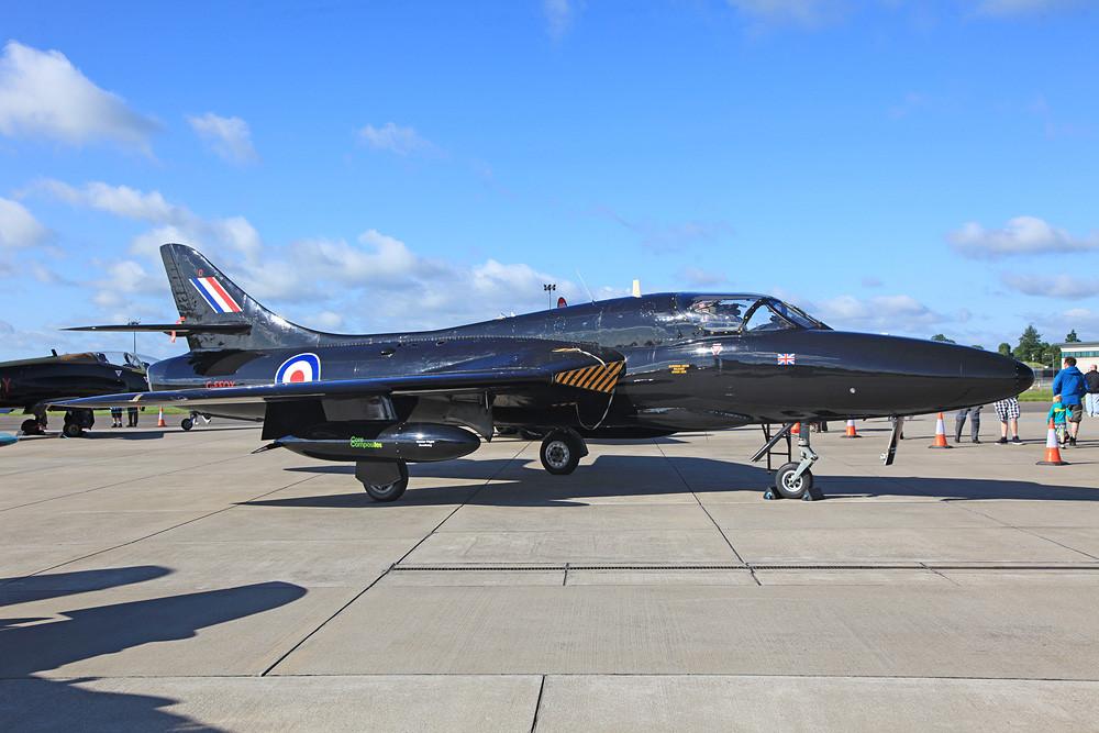 Die G-FFOX ein Hawker Hunter T.7A aus Kemble.