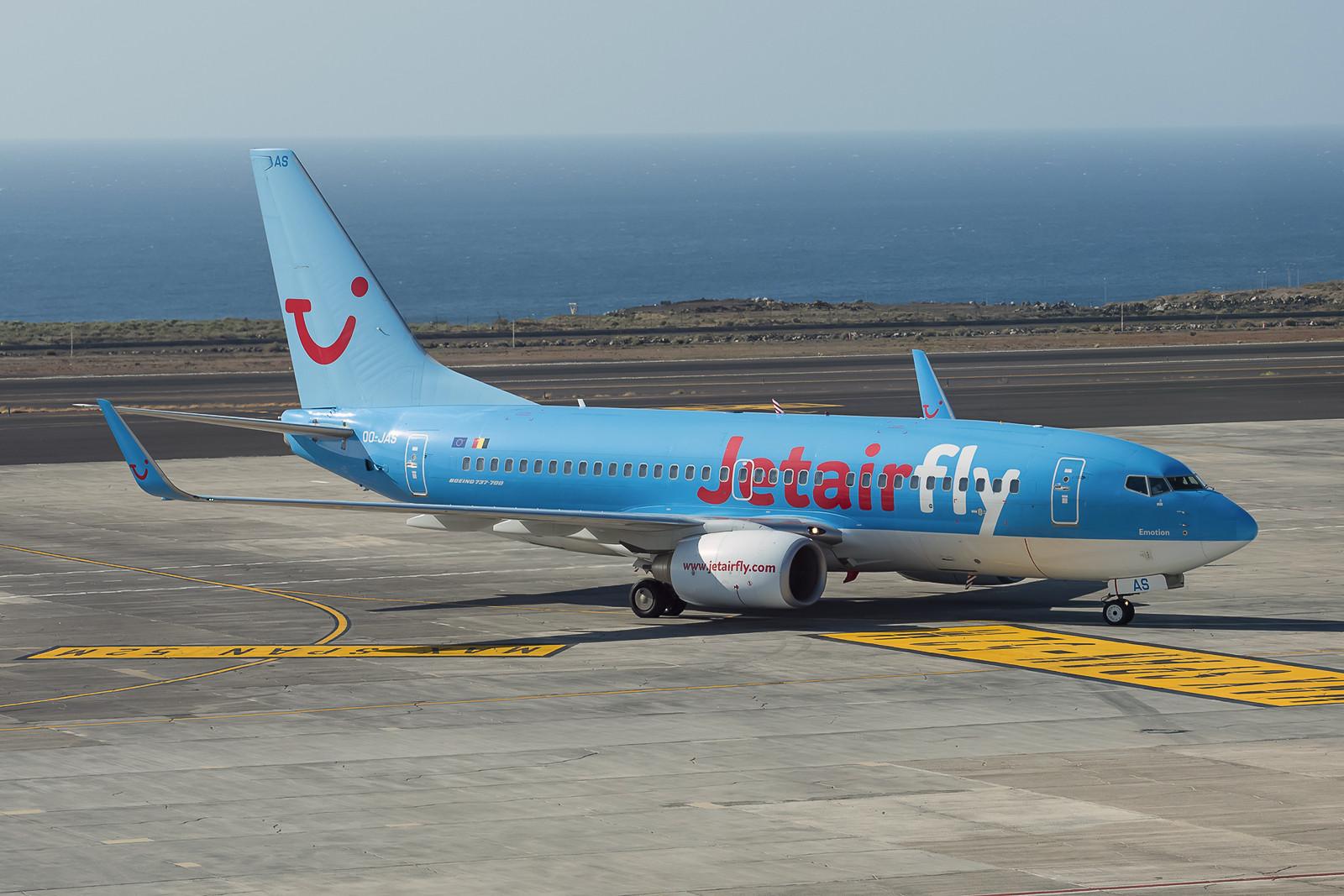 OO-JAS, eine Boeing 737-7K5 gehört der belgischen TUI-Tochter Jetairfly. (ex-TUIfly D-AHXK)