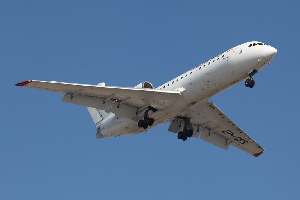 Fars Air operiert mit dieser Yakovlev YAK 42